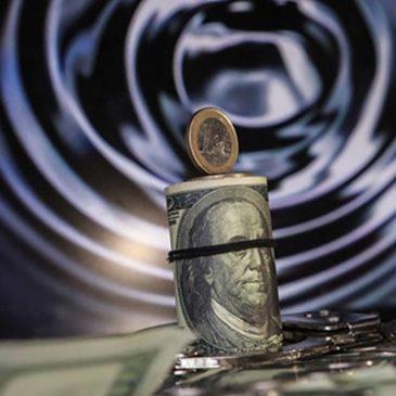 Рубль открывает санкционный сезон