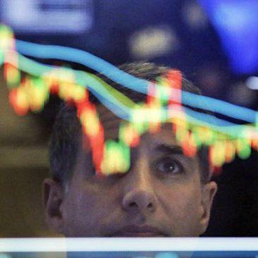 Российский рынок падает с утра в пятницу
