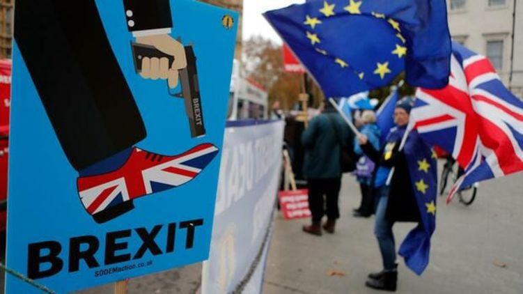 Фунт падает - реакция на Brexit