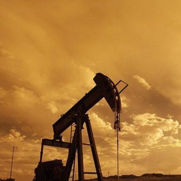 Нефть стабильна на фоне увеличения цен накануне