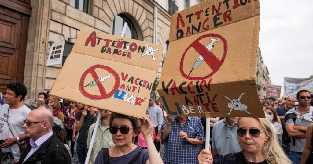 Антипрививочные протесты в Европе